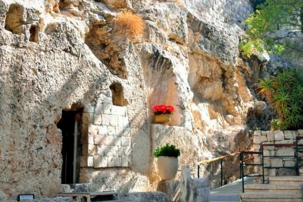 Discover the Garden Tomb in Jerusalem